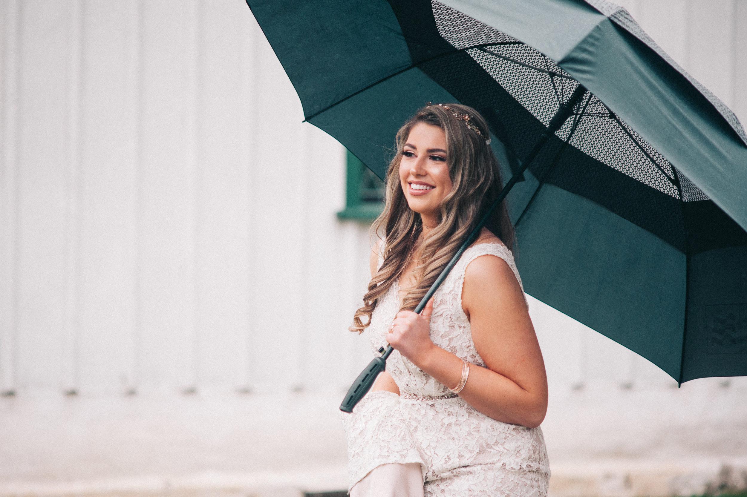 Such a stunning bride!
