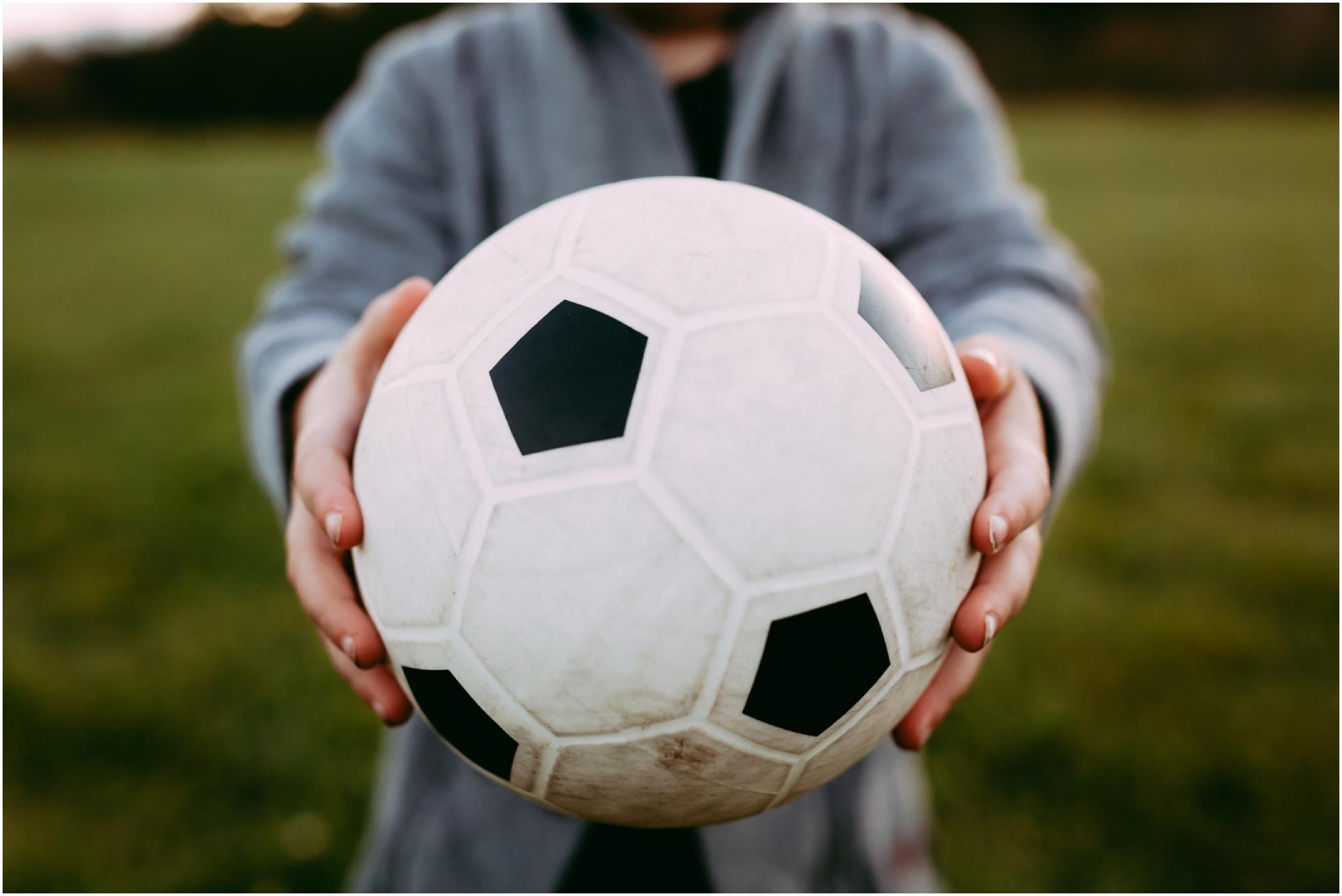 Edmonton Family Photographer - Best of 2016 - Play time - Soccer Ball