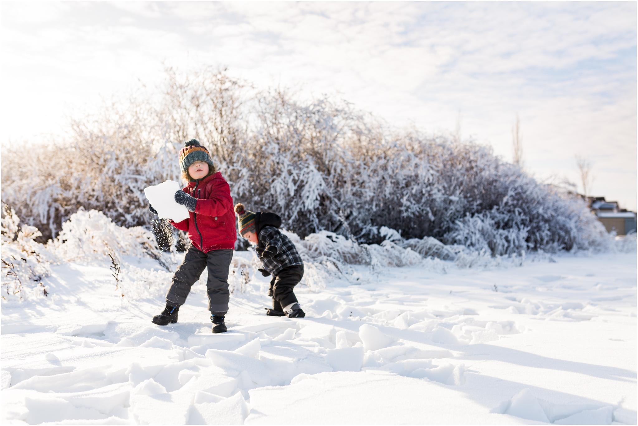 Treelines Photography - Edmonton Family Photographer - Winter