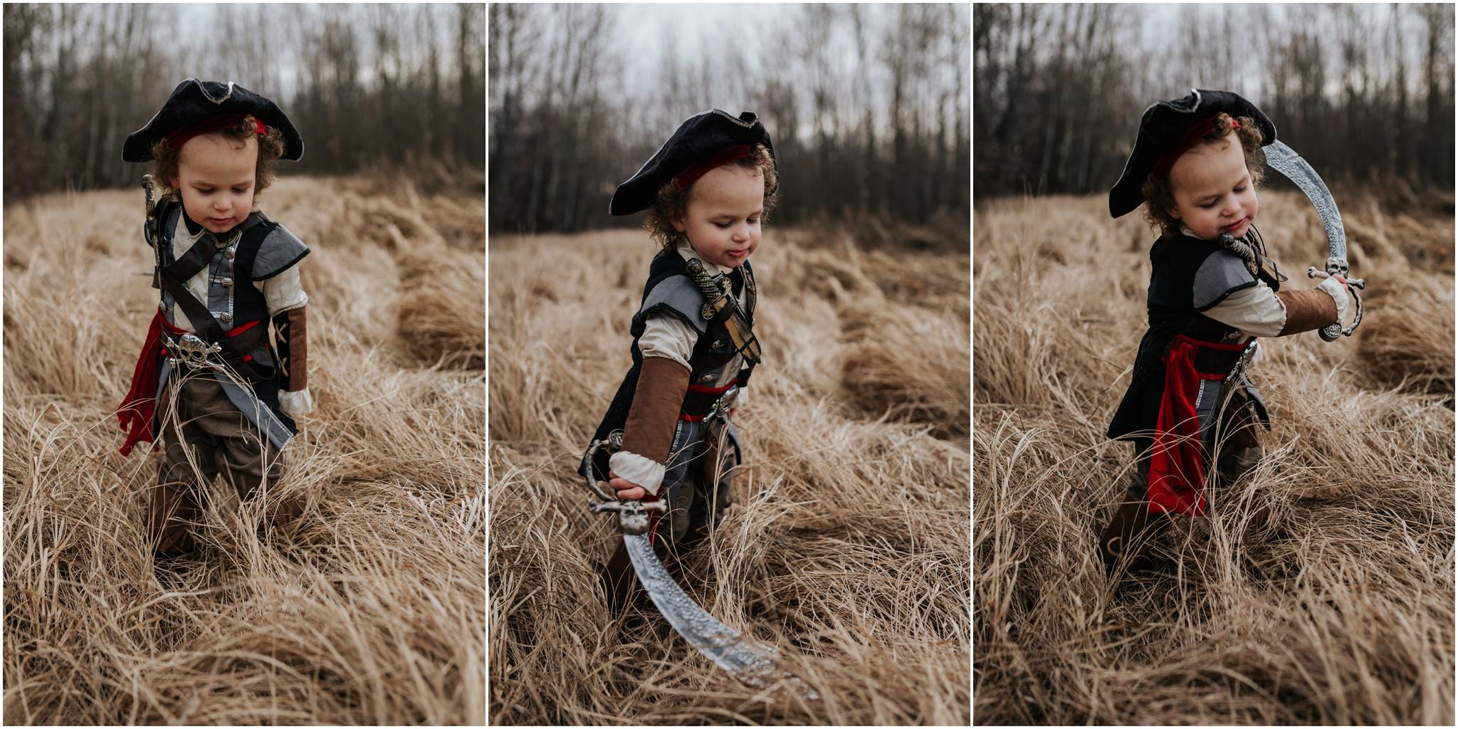 Edmonton Lifestyle Photographer - Costume dress-up halloween 2017
