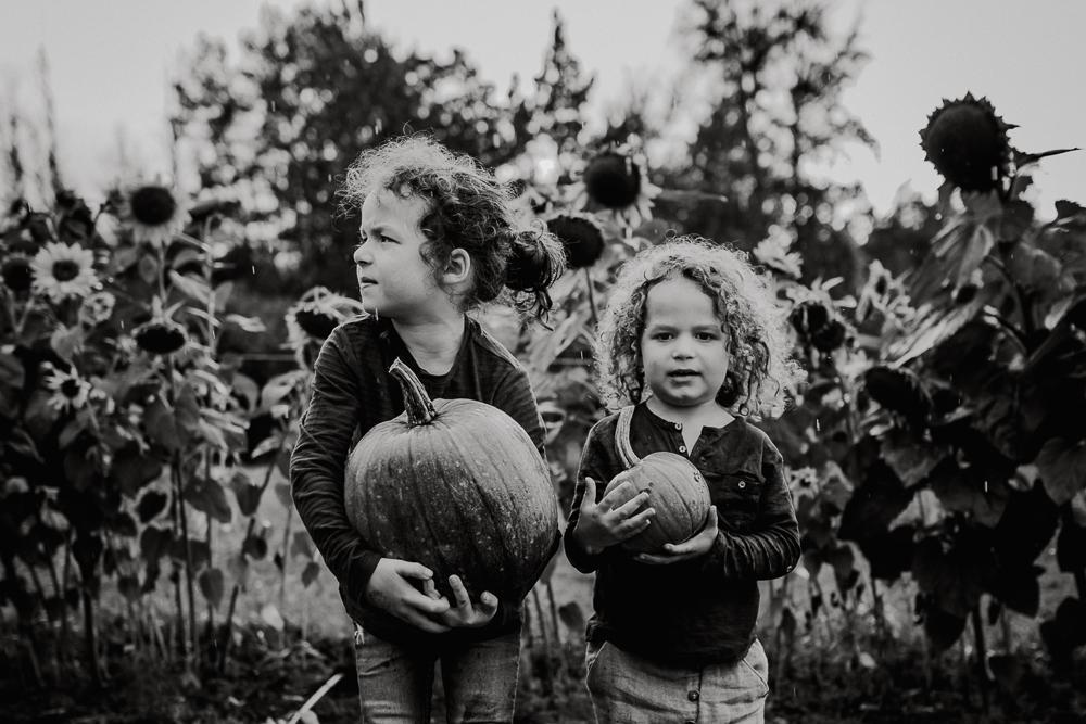 Treelines Photography - Edmonton Family Photographer-37.jpg
