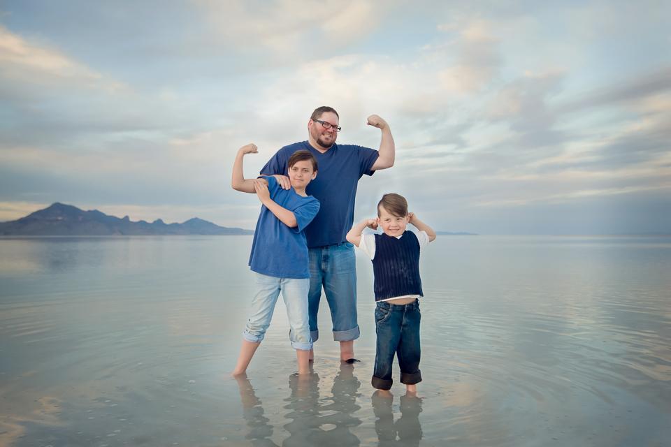 family photo session_salt_flats-1-3.jpg