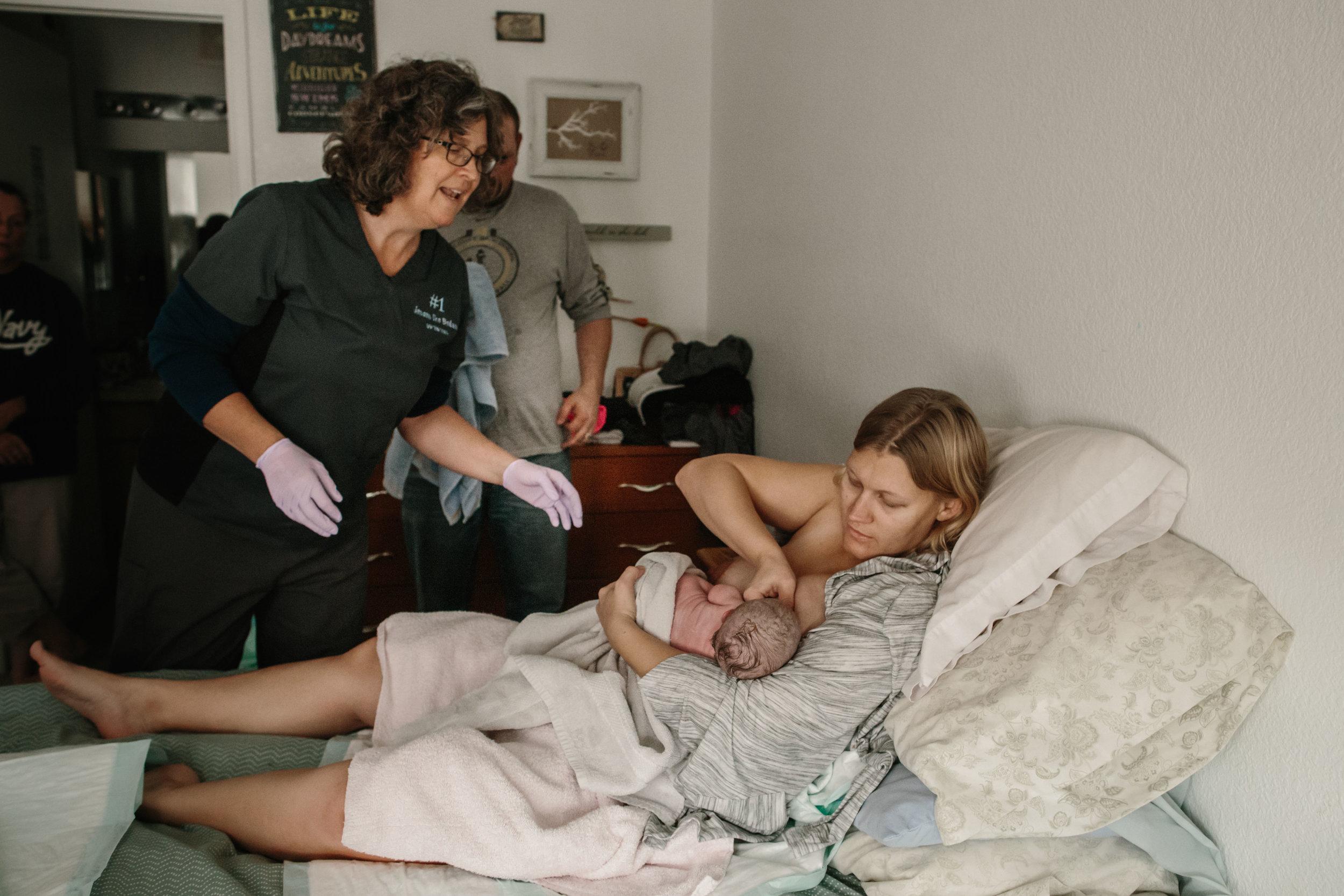 candice birth, cheyenne birth photographer-52.jpg