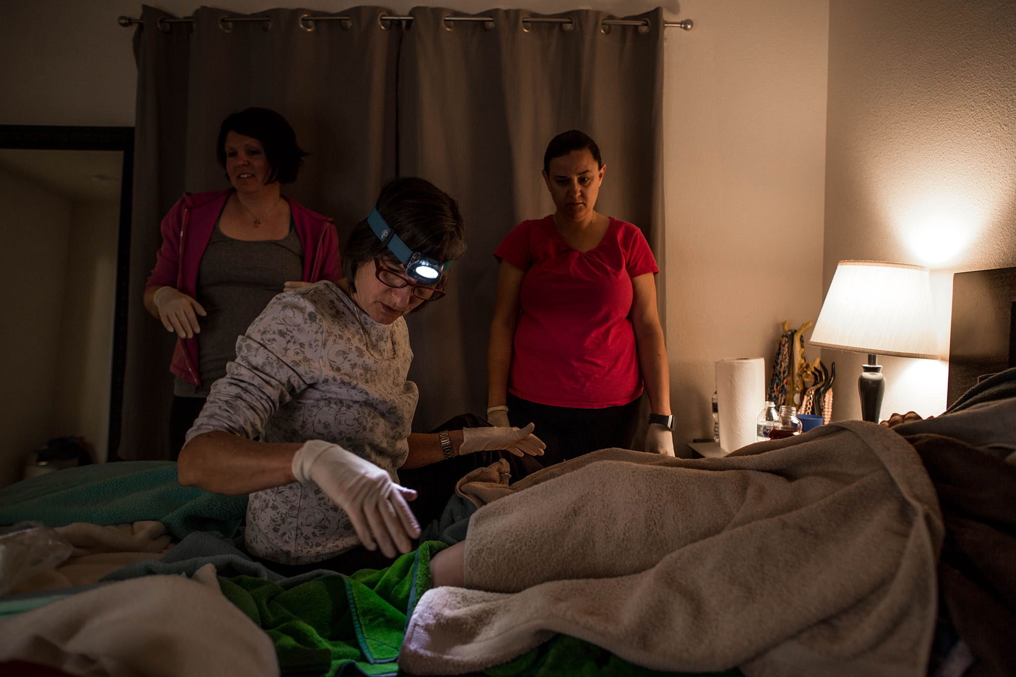 courtney birthing session-104.jpg