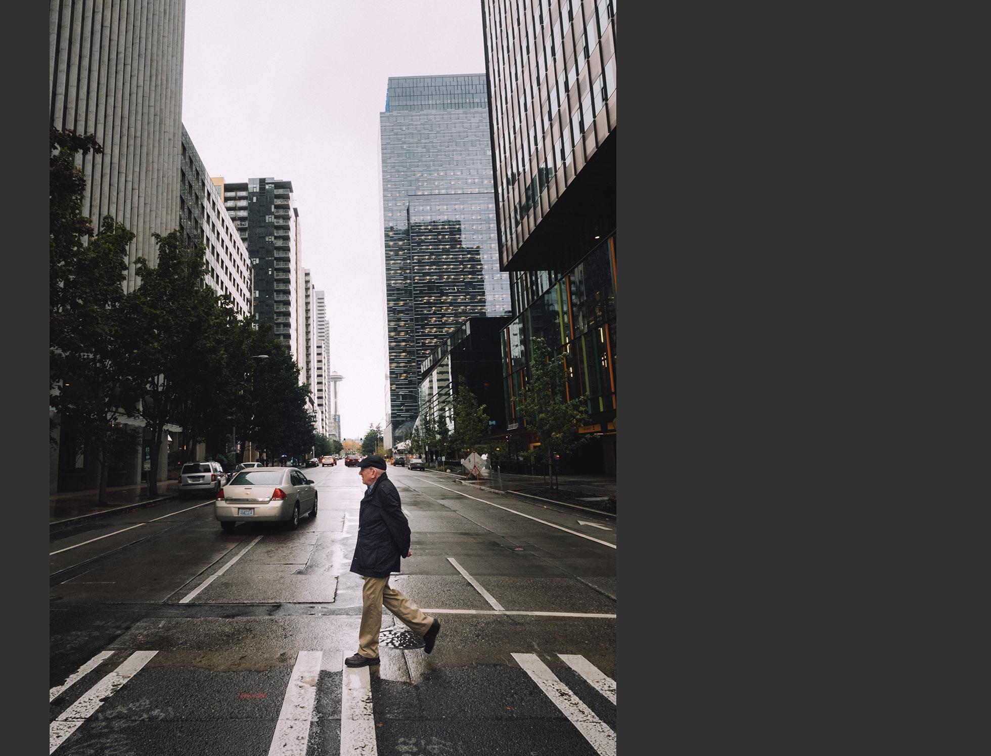 038_man_crosswalk_Seattle_1960.jpg
