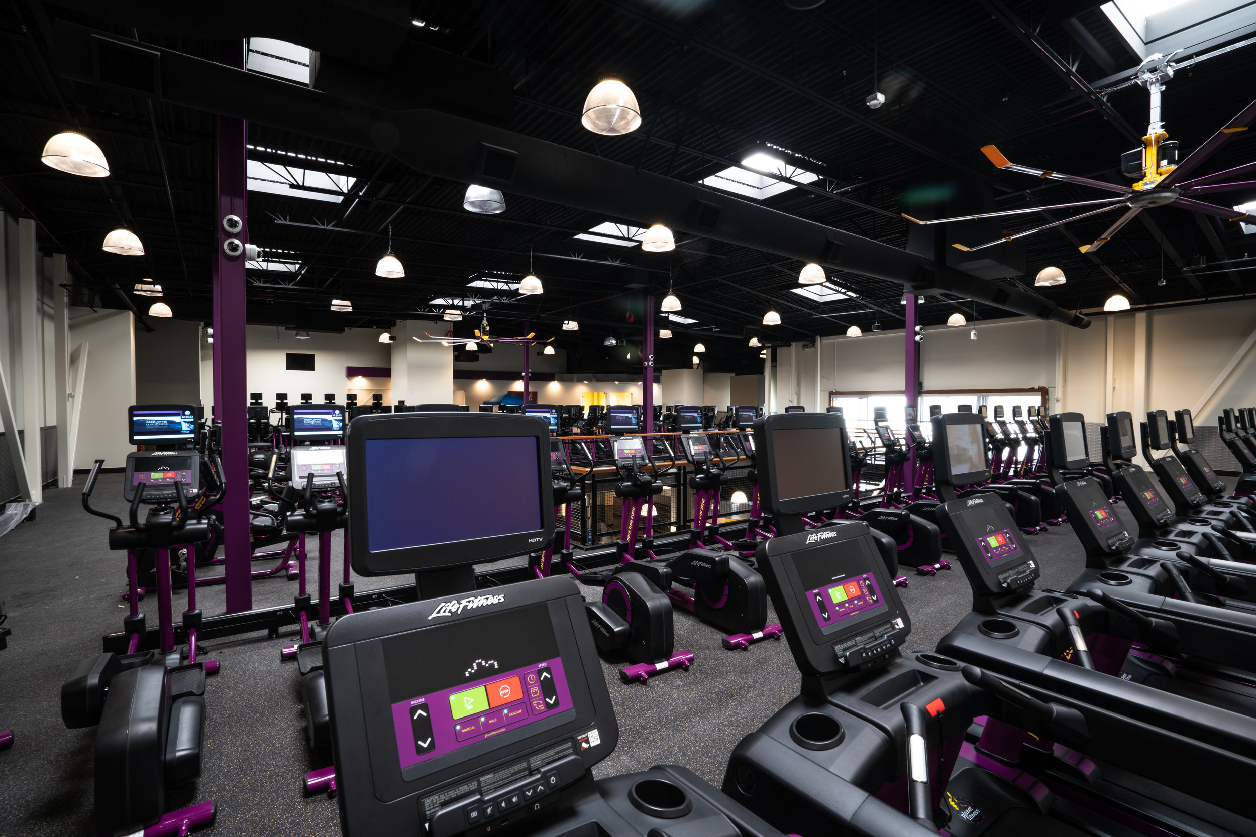 kdstahlconstruction_planetfitness.jpg