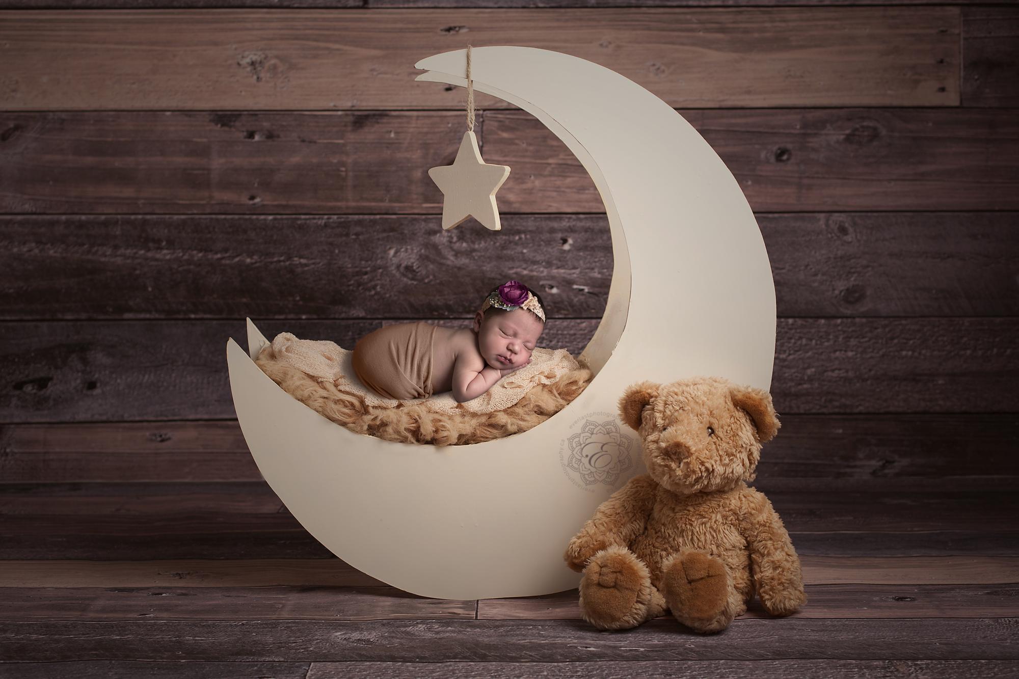 edmonton-newborn-photographer.jpg
