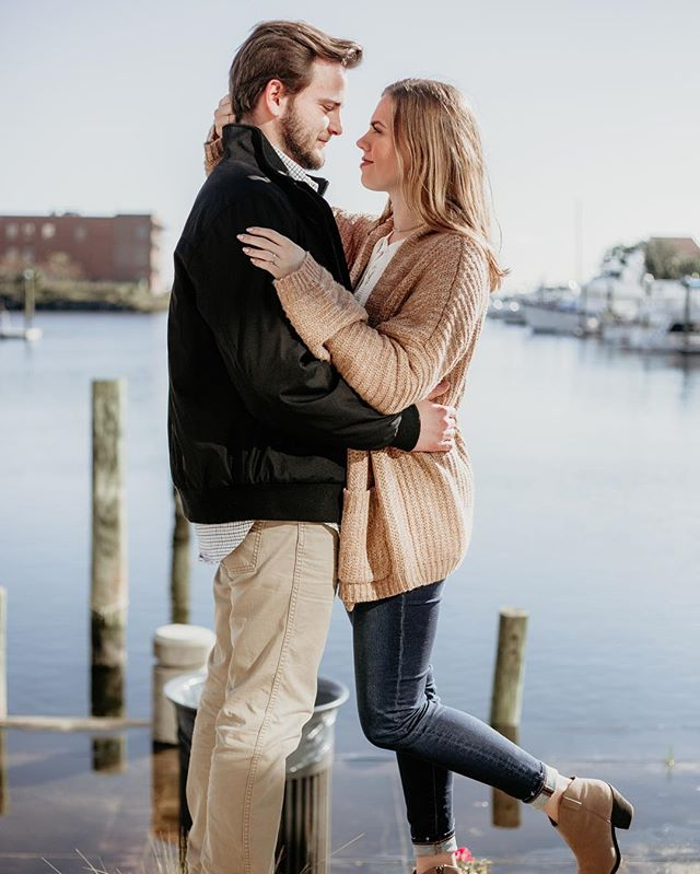 How perfect are they? ♥️ ••• We love shooting in Pensacola! #mitchellphotoco