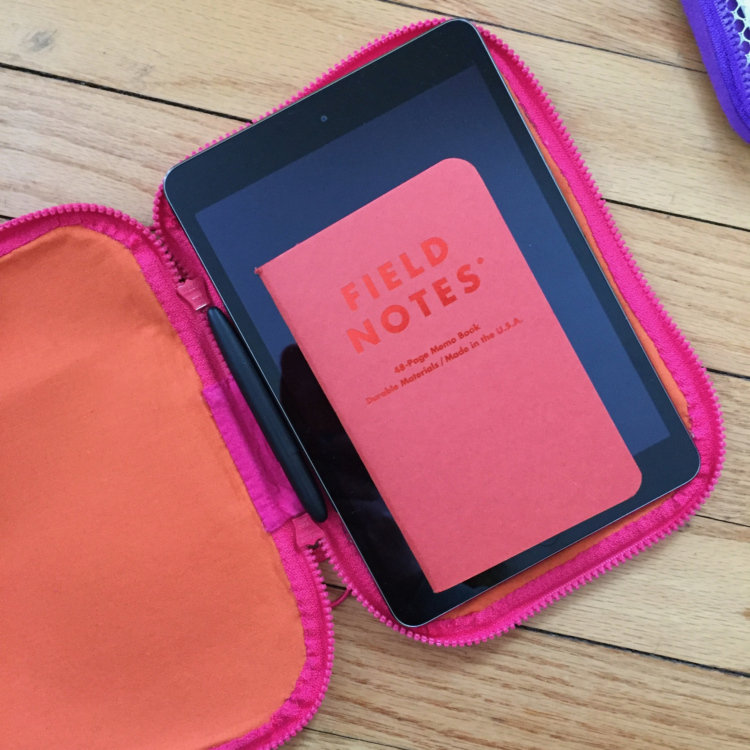Perfectly fits an iPad mini, Field Notes, and a Space Pen