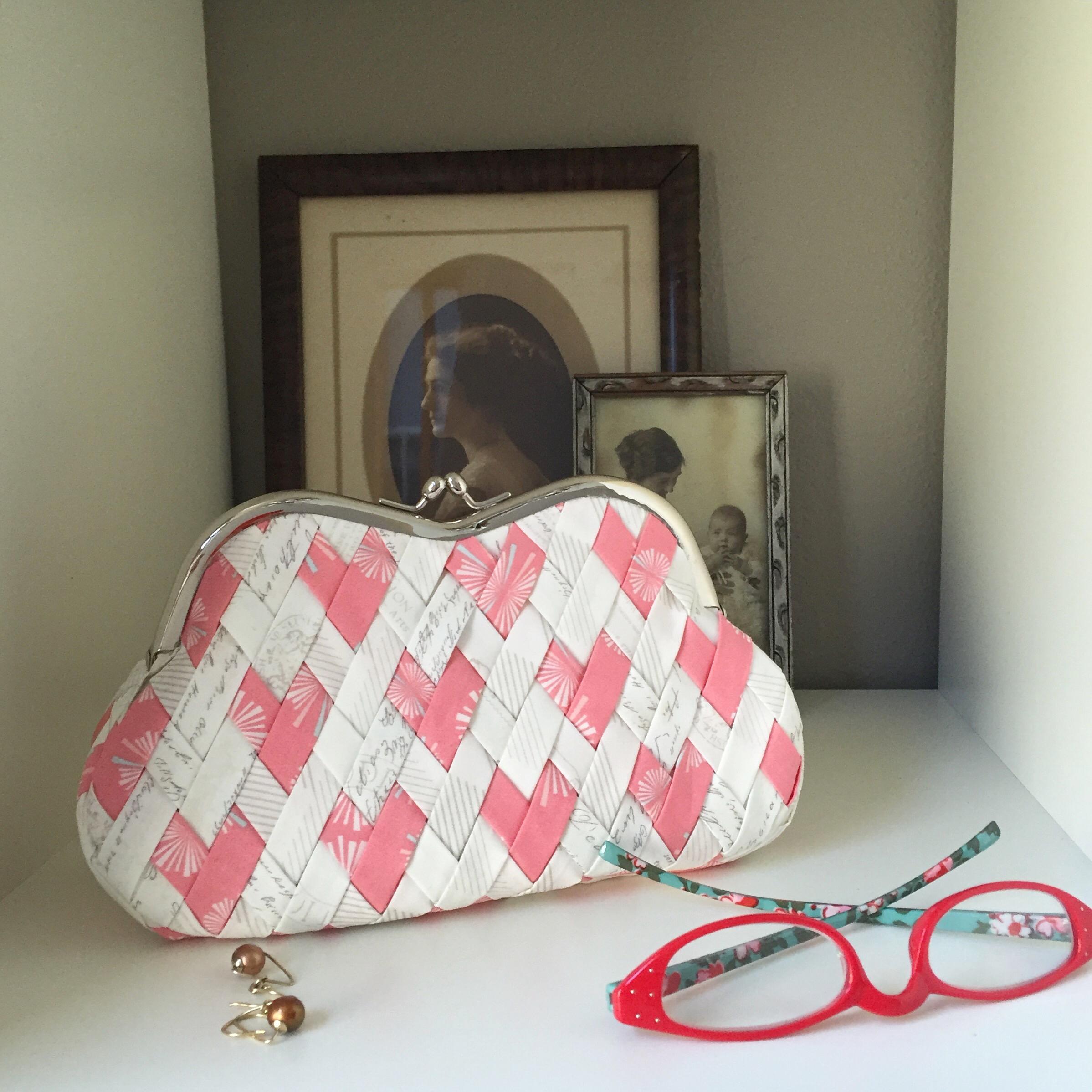 Curvy Clutch (Hearts Weave) in Amy Sinibaldi Paperie
