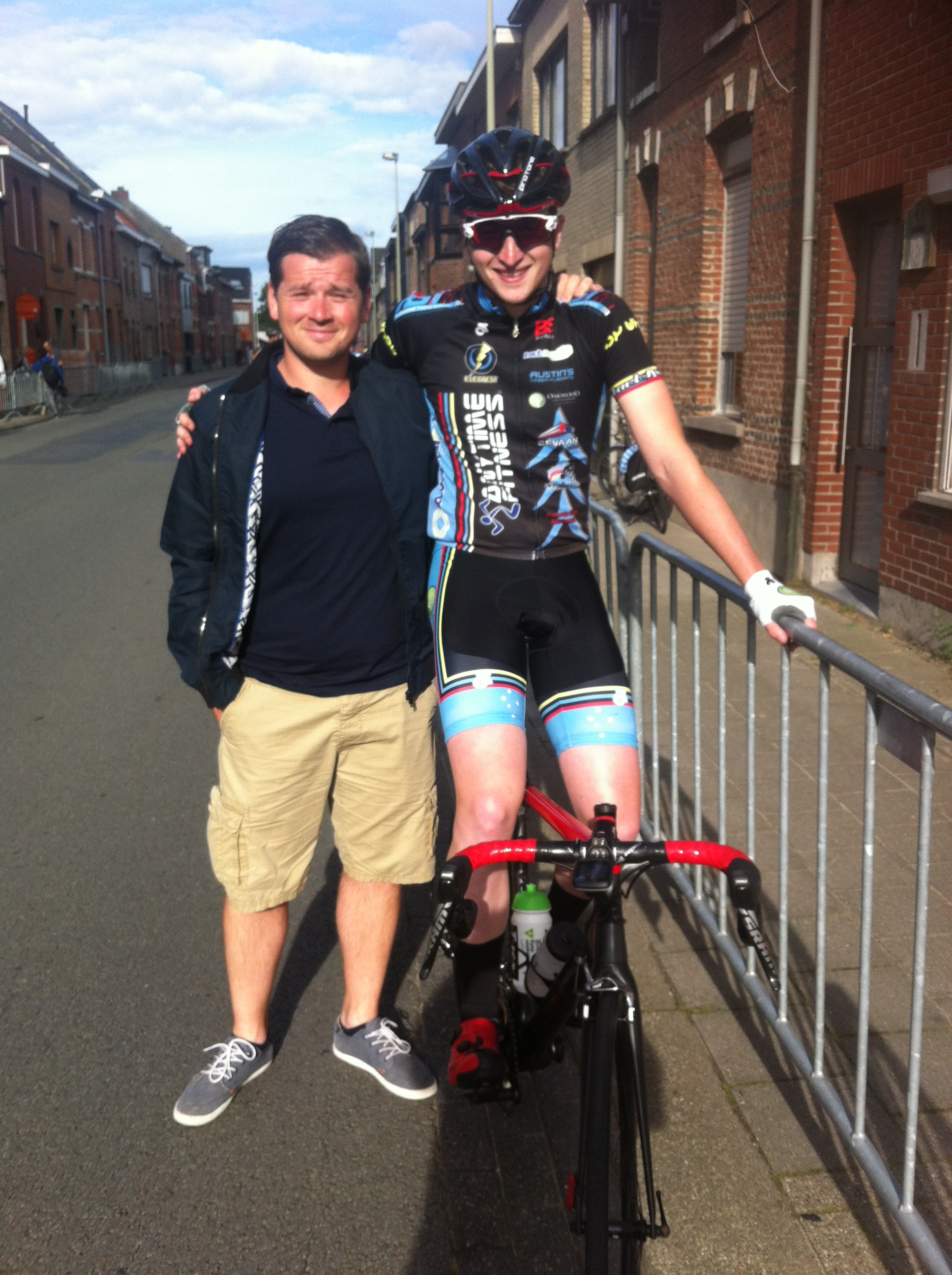 Maarten Verhulst & Conor at Beveren. Maarten is not only the Race Director at the Velle race on August 16 (Conor's last race) but kindly assisted with getting the WAOD licence at short notice, provided lunch and a hot shower afterwards.