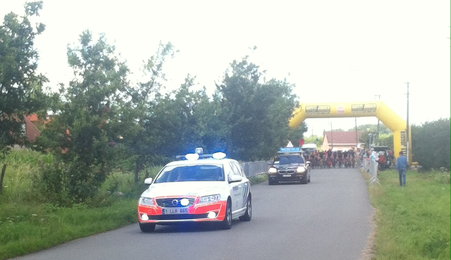 A common sight at all Belgian kermis races - extensive police co-operation & they do a great job