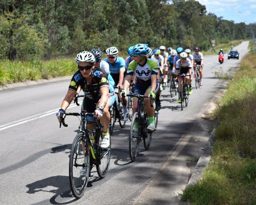 Kirsty Flanagan leading the Womens peloton at the Mick Chapman