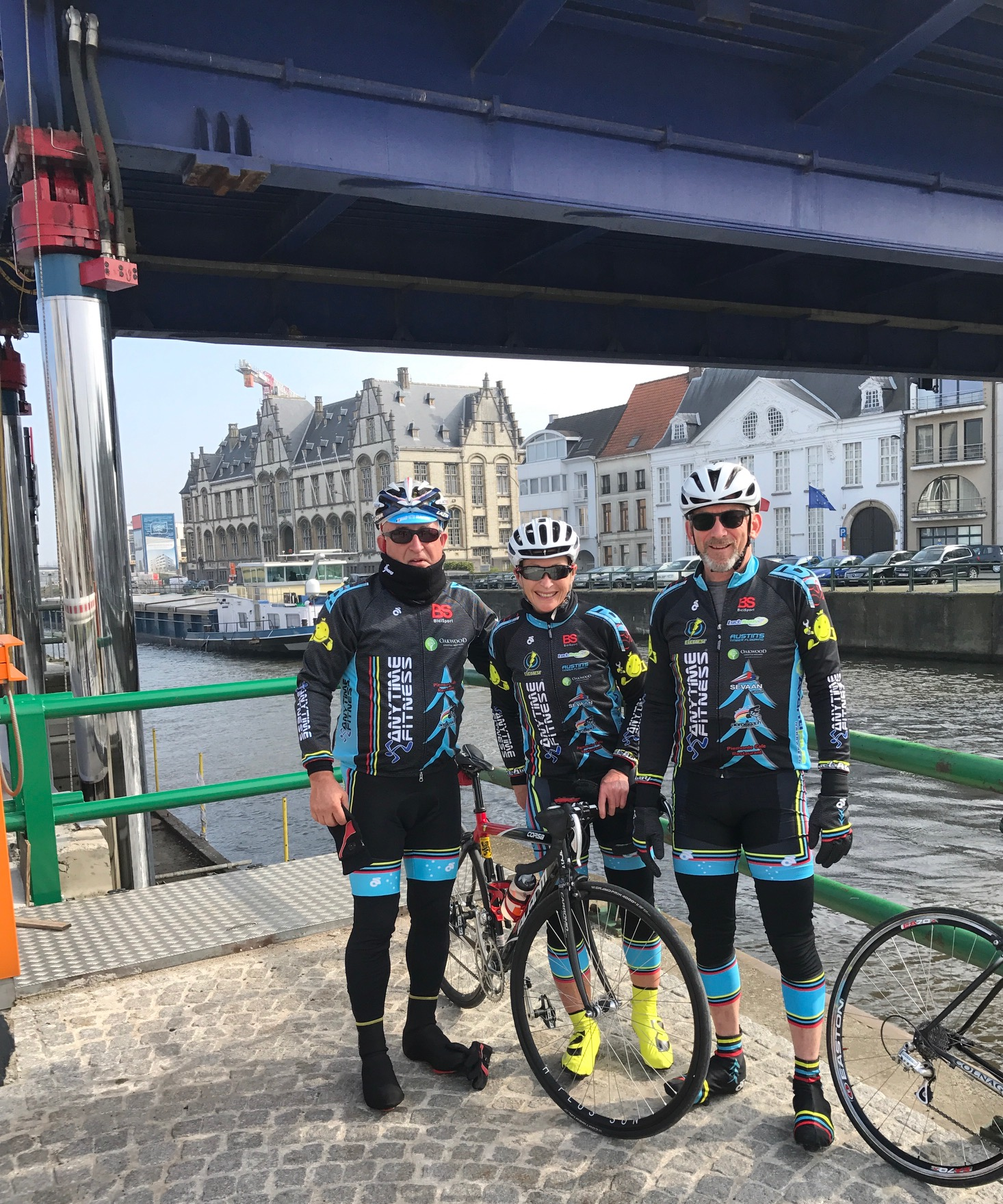 E3 Harelbeke 17 - A cold start to the E3 day via the Schelde River bike path.The return trip into Oudenaarde was briefly stopped as the Oudenaarde bridge was raised to let river barges pass through Oudenaarde.