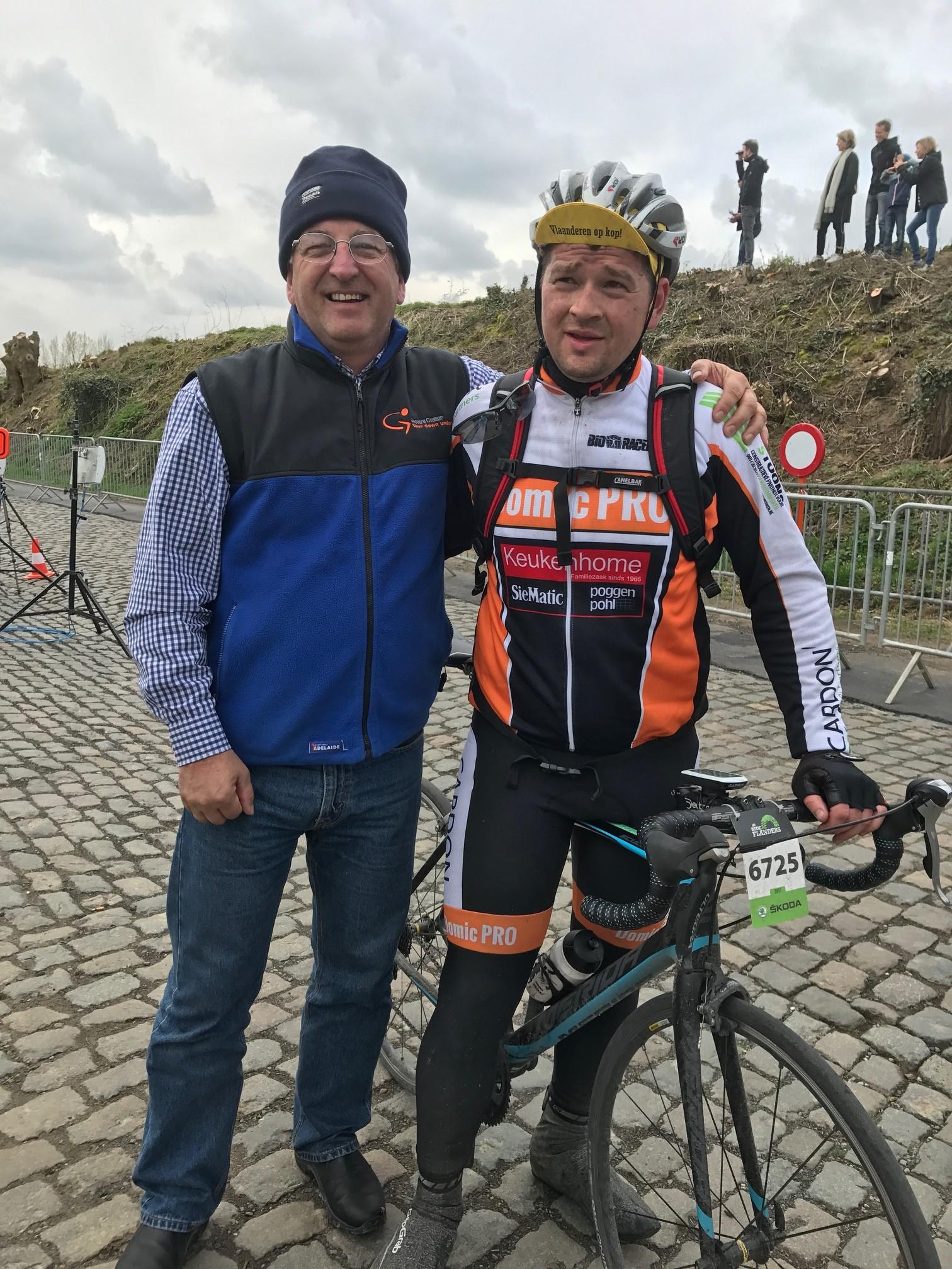 Ronde Van Vlaanderen Cyclosportive 17 - Mike O'Reilly with Maarten Verhulst at the top of the Eikenberg
