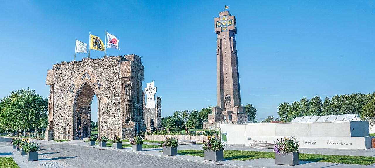 Diksmuide 17 - World War 1 monument in Diksmuide in respect of the fallen