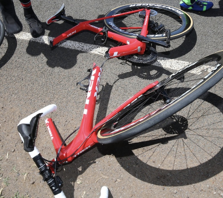 Herald SunTour 18 Stage 1 - Colac to Warnambool ... strong crosswinds made for exciting racing and a crash 15k from the finish. The rider was not seriously injured but retired from the HST (photo CJ).