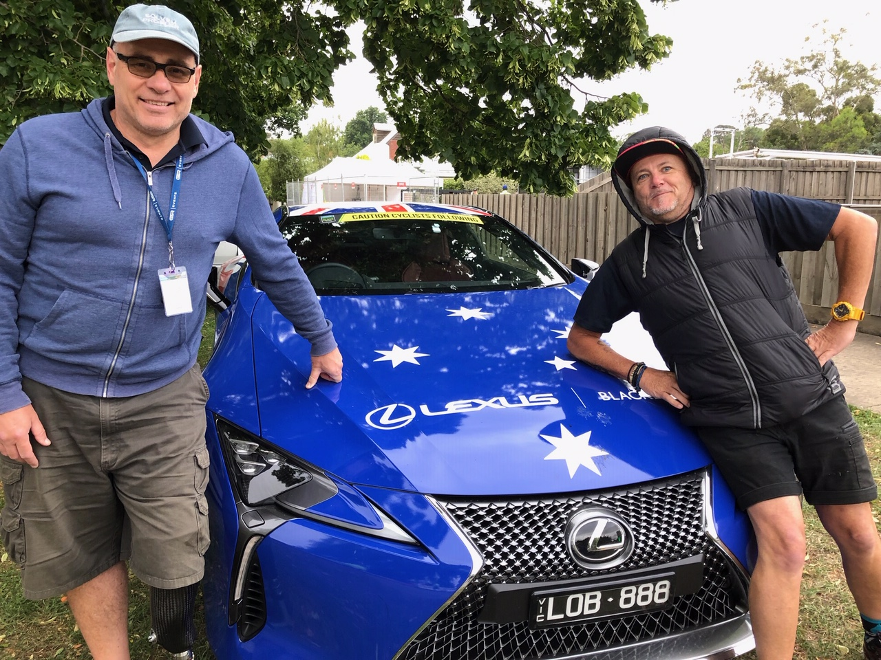 CA National Elite Road Championships @ Ballarat @ 5 Jan - Alex Simmons & Robin Tiffo frame the National Championship Lead Car before the start of the Championships at Buningyong