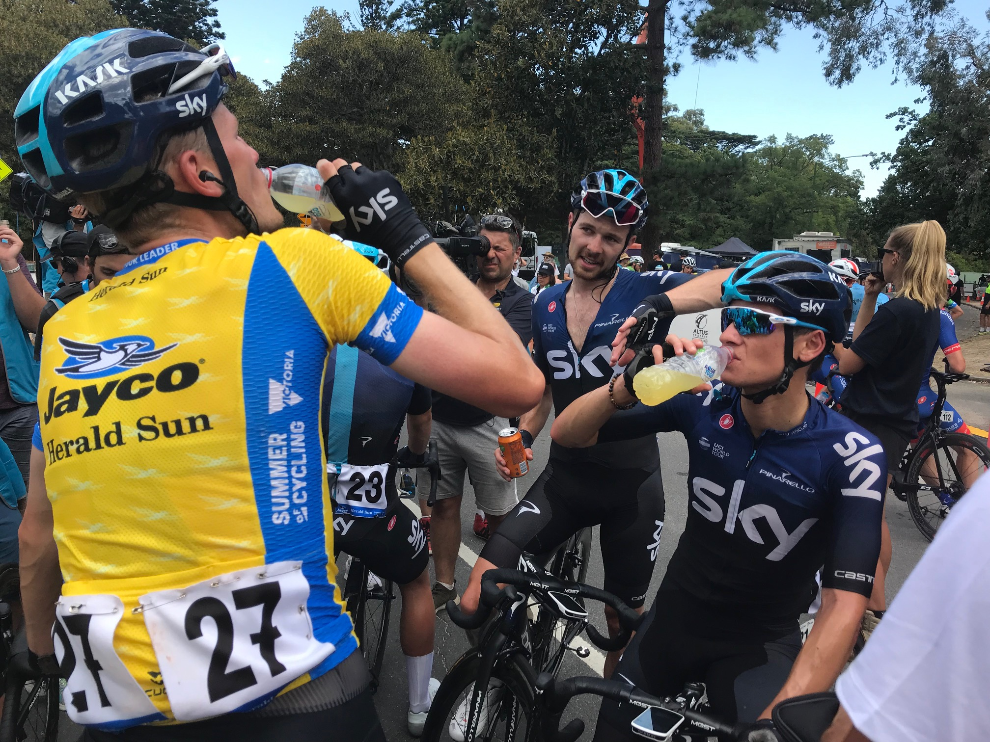 HST 19 @ Sunday @ Melbourne Botanical Gardens - Team Sky were simply outstanding … they won everything but the chook raffle