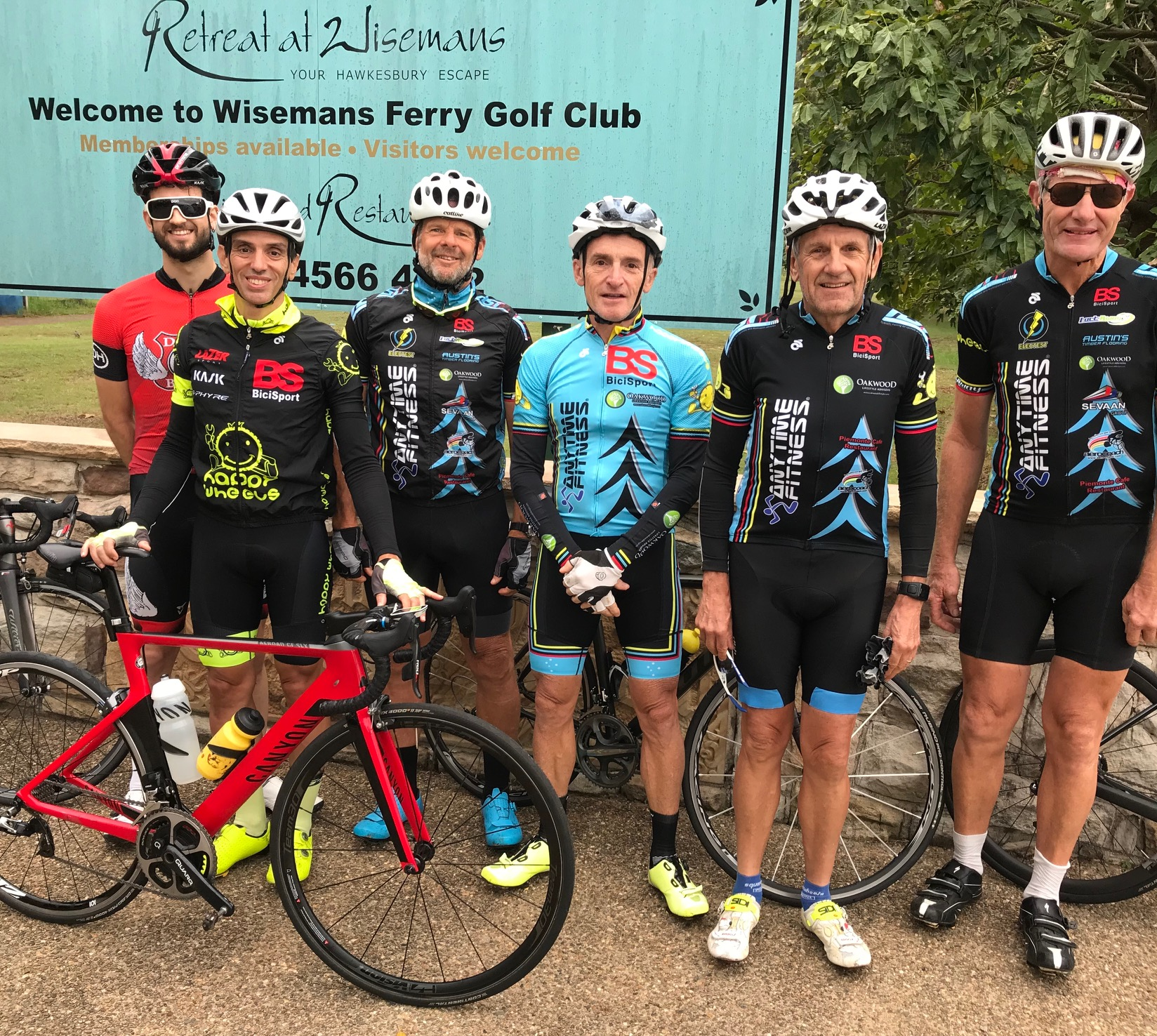 BiciSport Wisemans Loop @ 24 Feb - before the start outside the Retreat at Wisemans Ferry