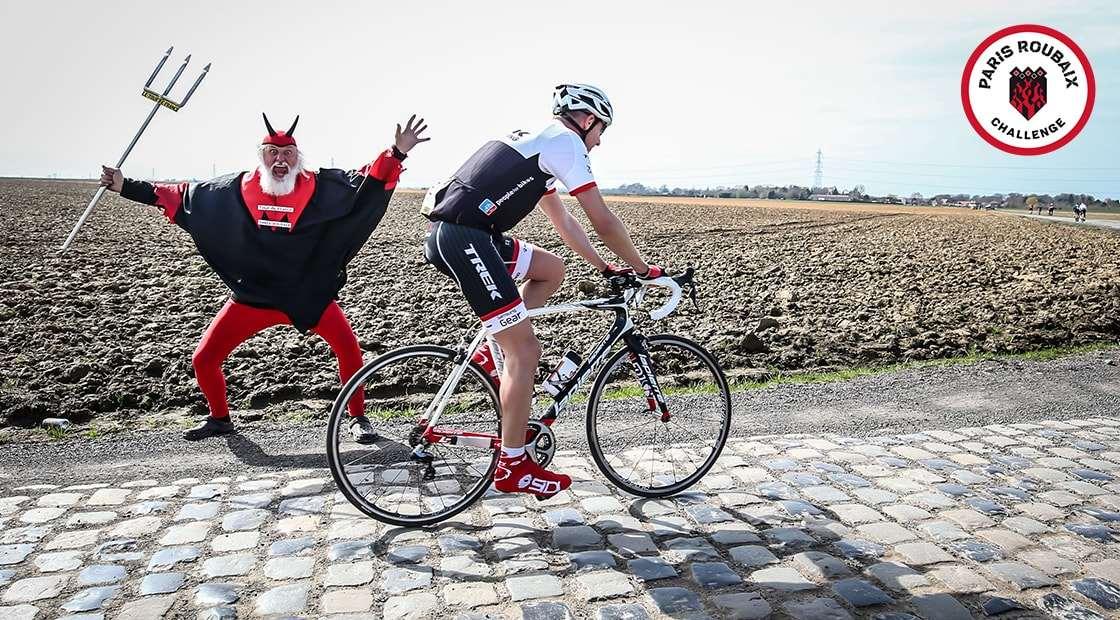 Roubaix 19 cobbles.jpg