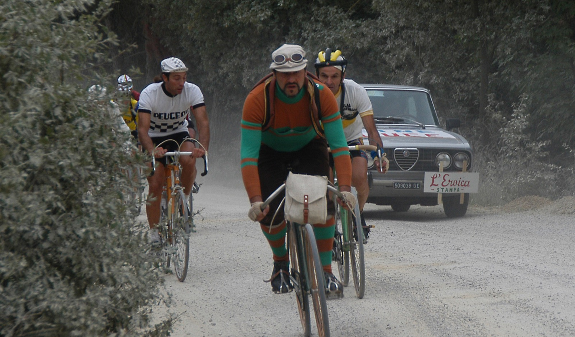 Mike Lawson (BiciSport Master) rode the Eroica Challenge Cyclosportive in Siena Italy on 10 March with 5,000 starters & Mike finished 5th in his age category. A full Eroica & Milan San Remo ride report will appear in  BiciSport News  on 18 March