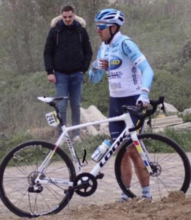 Paris Roubaix @ 14 April  - Brenton Jones having a mechanical that ruined his day