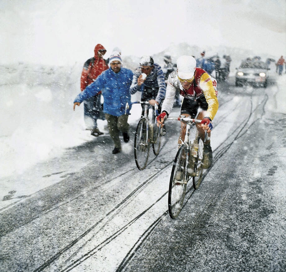 Giro D'Italia & Andy Hampsten on the snowy Gavia Pass in 1988 in a total blizzard. The Giro returns to the Gavia this year.