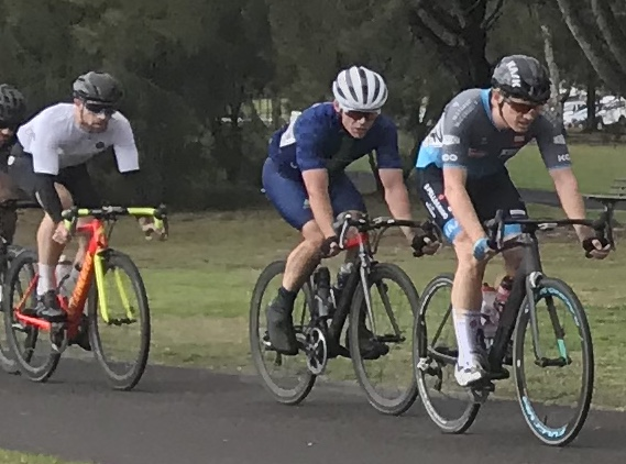 Metropolitan Championships @ Penrith Lakes @ 6 July - M2 category and Jeremy Hopson (BiciSport Pilu Racing) leads the M2 peloton