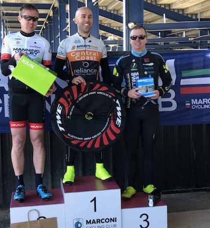 Cervelo Masters Round 3 @ Eastern Creek @ 14 July - Davide van der Browne took 3rd place in the overall Cervelo Series (Division 4)