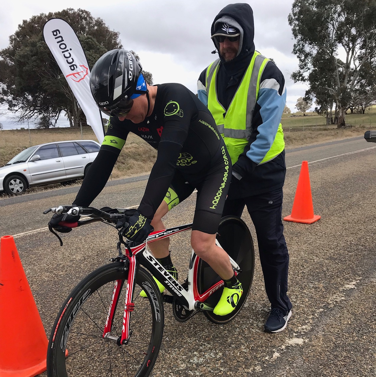 Masters ITT Championships @ Gunning @ 7 Sept - Graham Cockerton (M6) on the startline in miserable  conditions with wind gusts to 65kph.