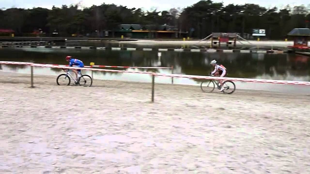 UCI World Masters Cyclo Cross Championships @ Mol, Belgium @ 29 November - The Cyclocross Championship circuit includes several sand sections beside the Zilvermeer Water Park on both sides of the lake