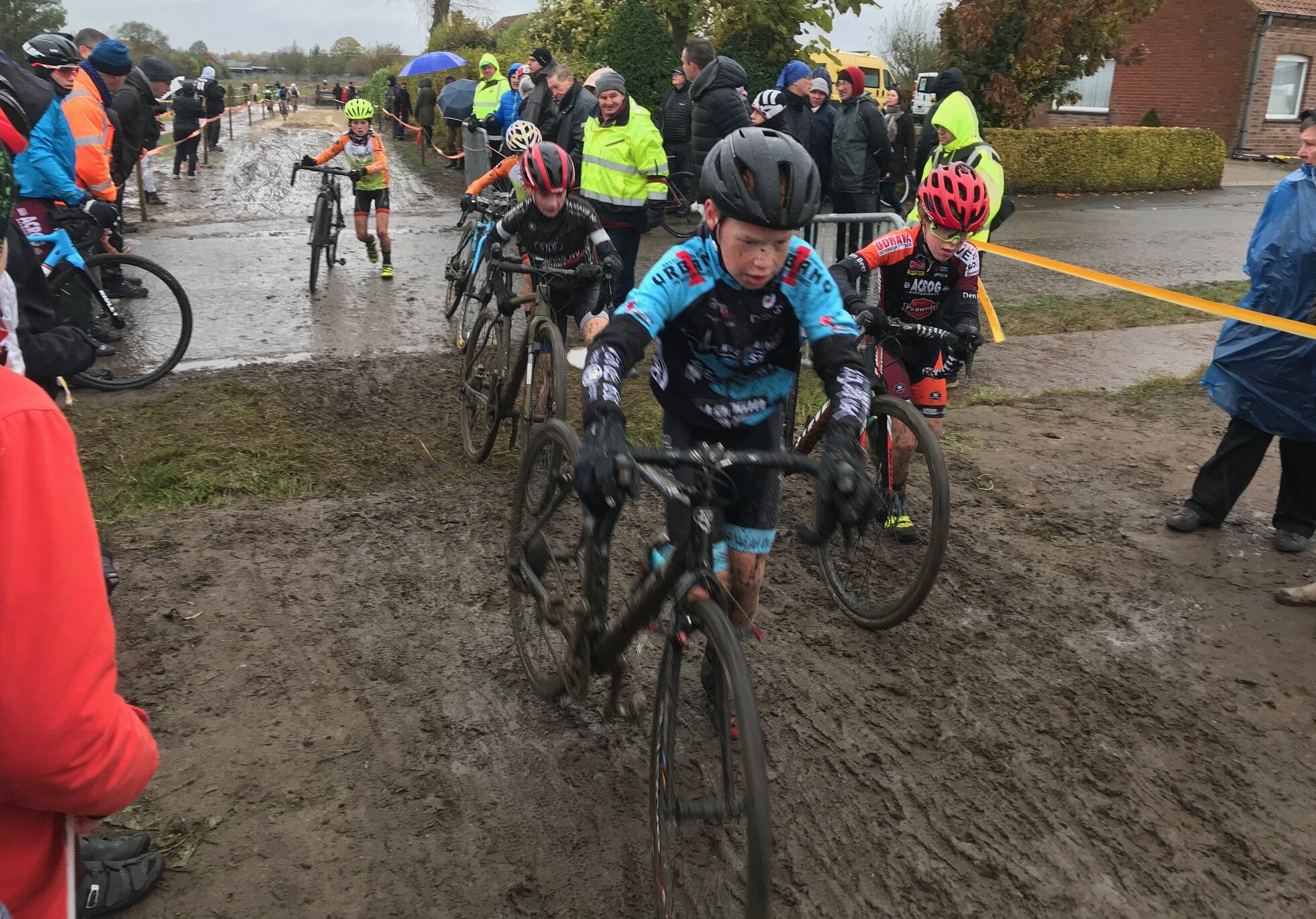 Flanders Cyclocross Championship @ Litcherfield @ 11 Nov - The Junior race had 70 starters in cold & wet conditions.