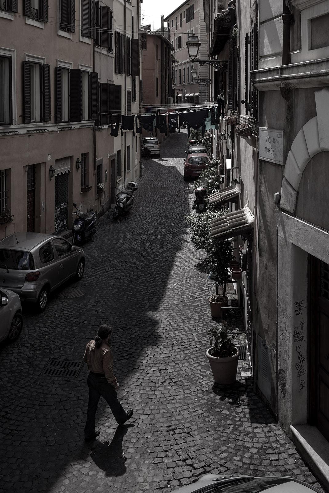 Roma_street_001V_1600.jpg