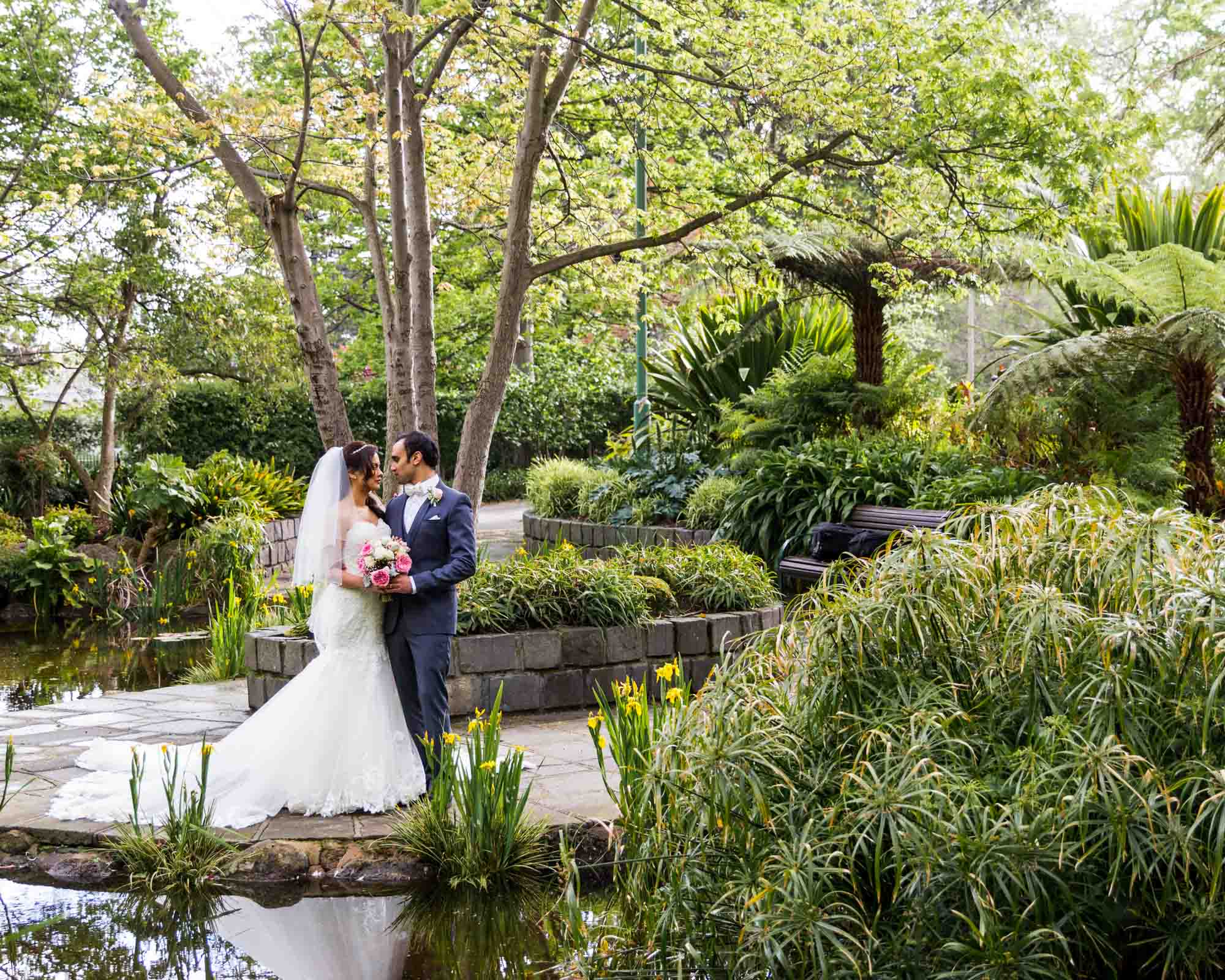 ©Sherman Tan Studio_Melbourne Wedding Photographer_Best Portrait Locations_Jeremy and Rebecca-0635.jpg