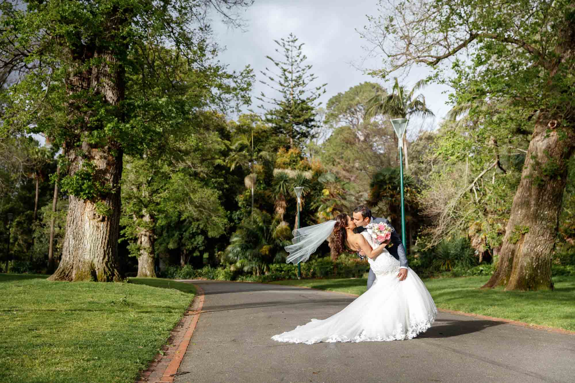©Sherman Tan Studio_Melbourne Wedding Photographer_Best Portrait Locations_Jeremy and Rebecca-0712.jpg