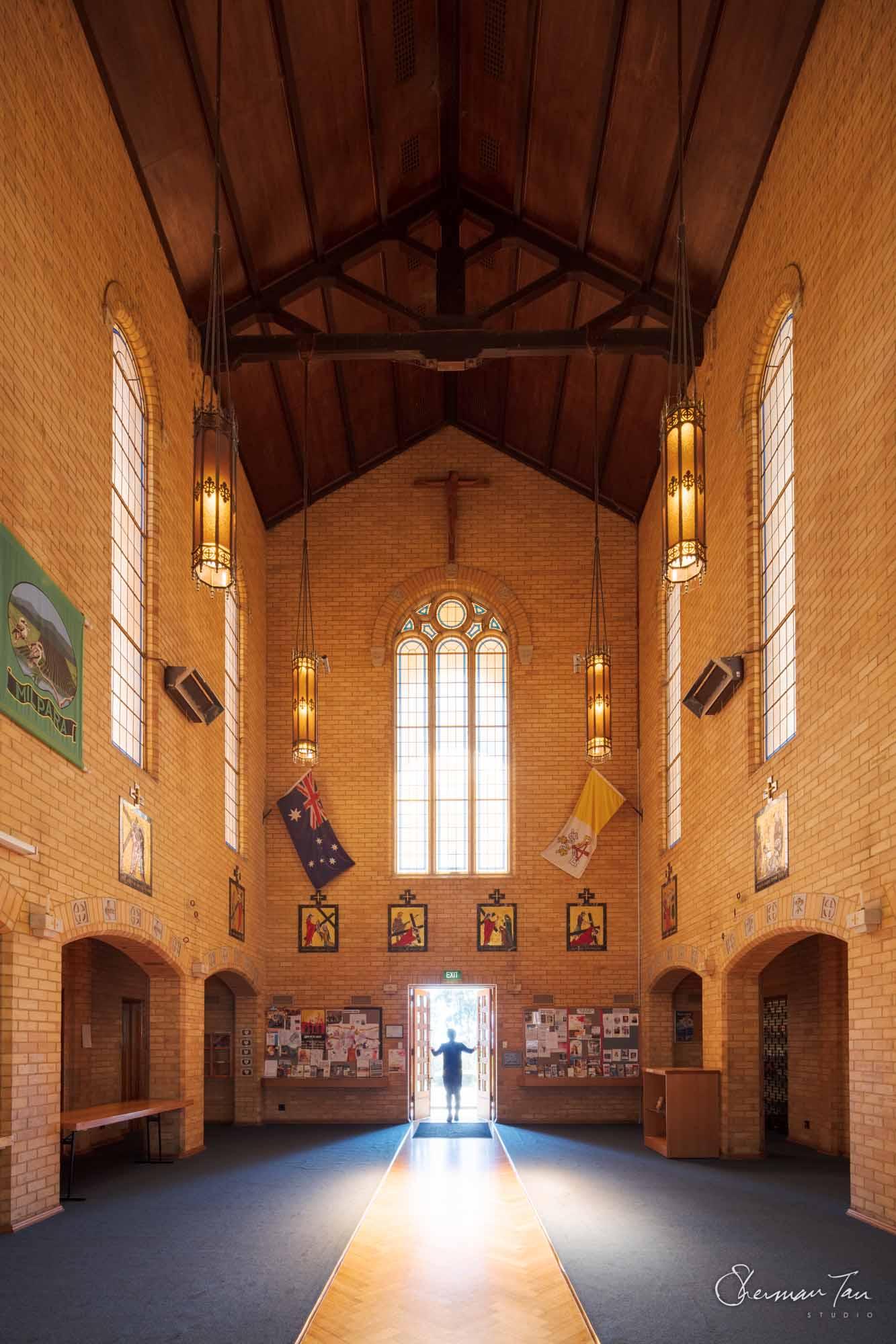 ©Sherman Tan Studio_Best Melbourne Wedding Church Venue_Sacred Heart Church_608.jpg