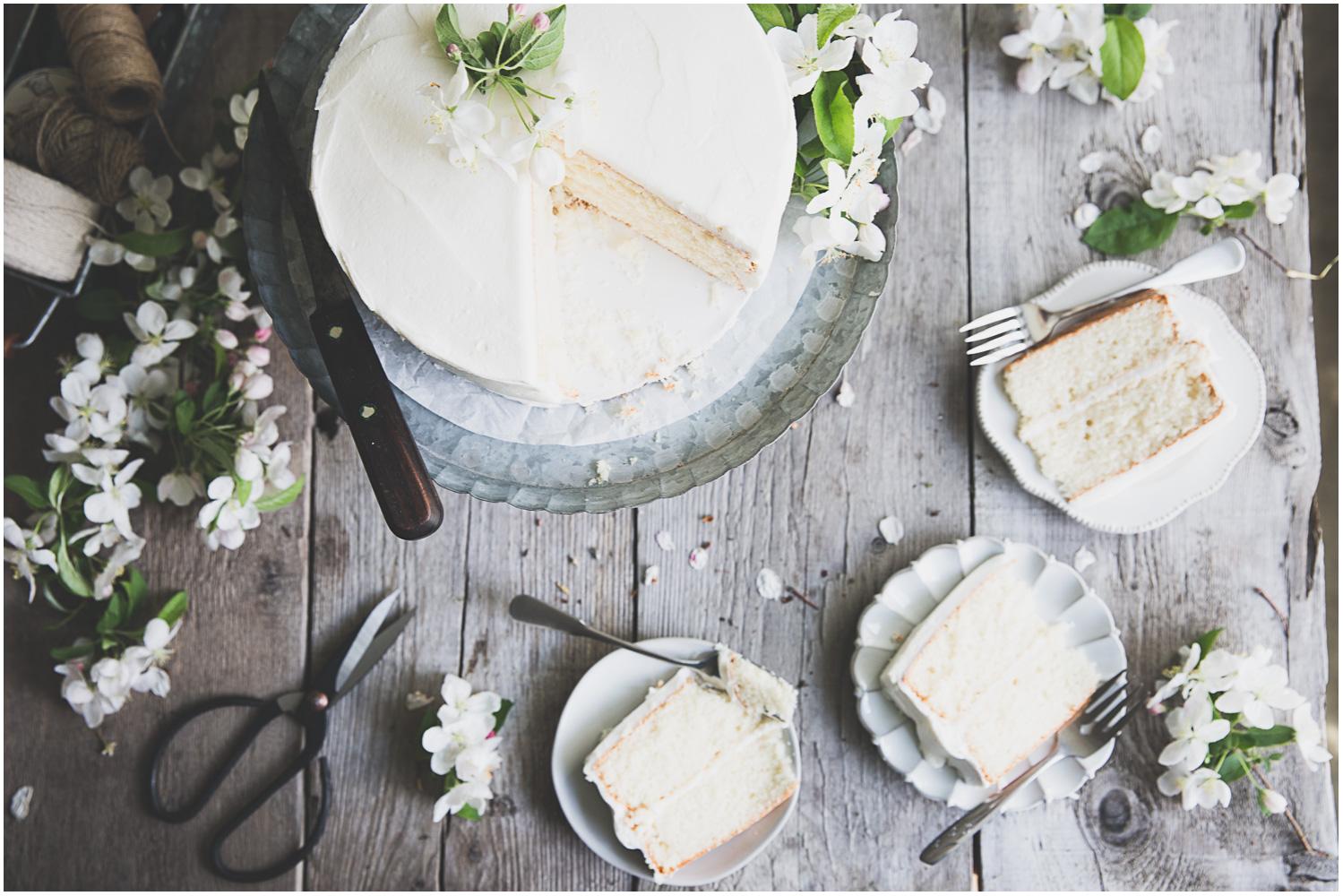 Bragg_Kate_White_Cake_Apple_Blossom_10.jpg