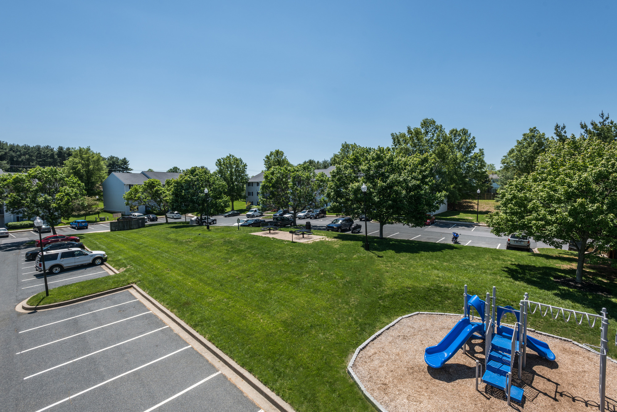 Outdoor Amenities at Fox Run Apartments in Edgewood, MD