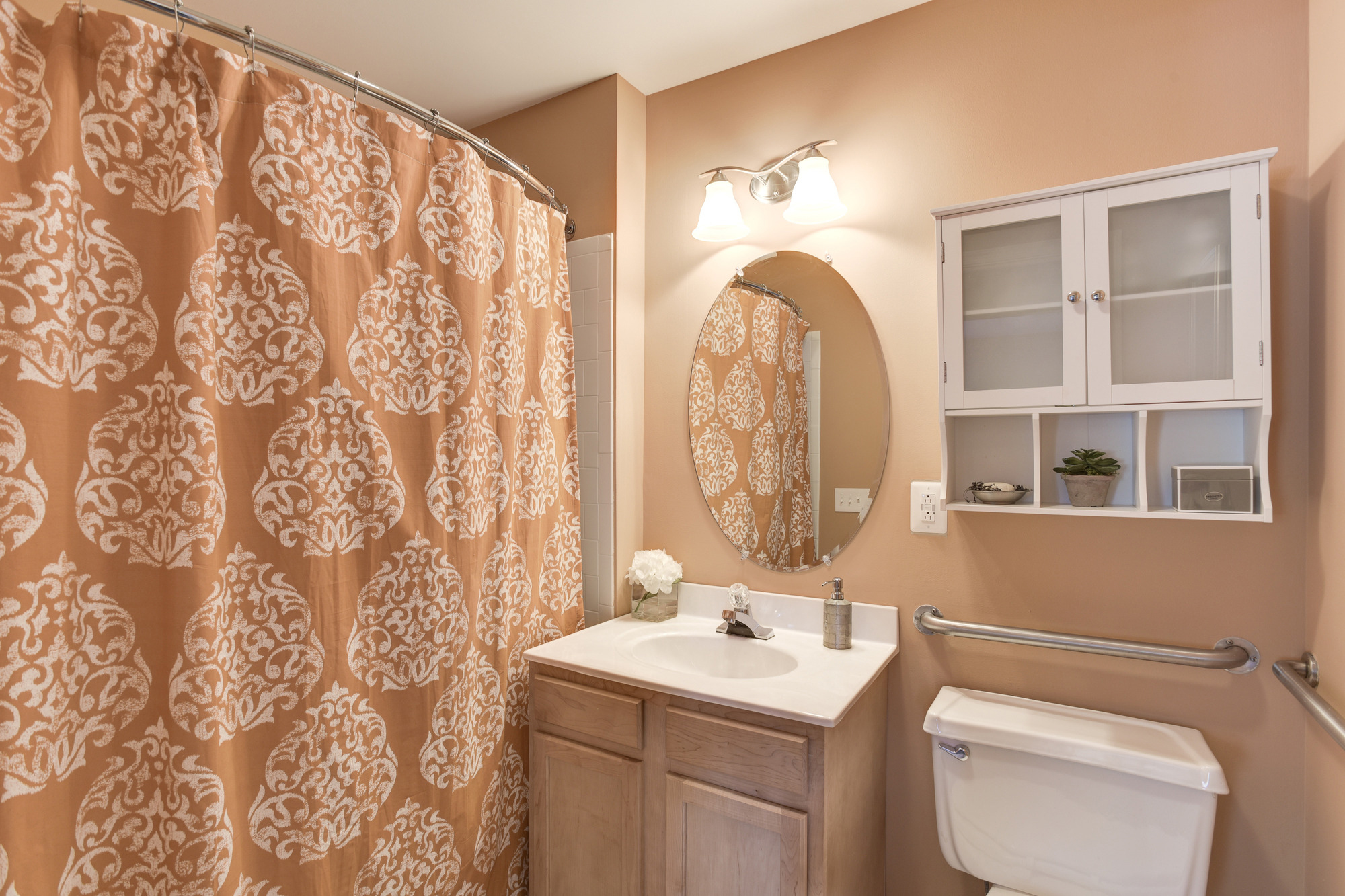 Fox Run Apartments in Edgewood, MD 21040: Updated Bathrooms