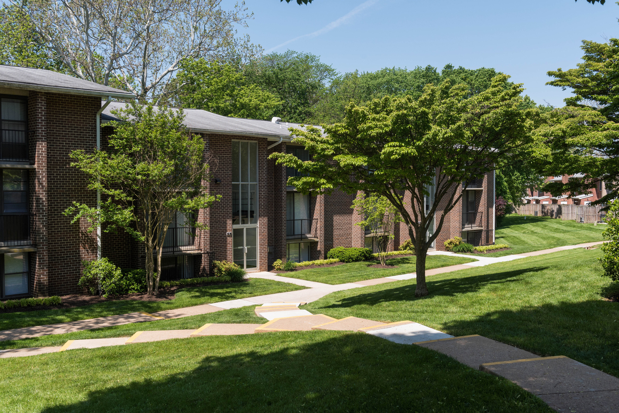 Hampton Manor Apartments & Townhomes in Cockeysville, MD - Apartment Community