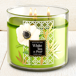 2 - BBW White Tea & Pear Candle.jpg