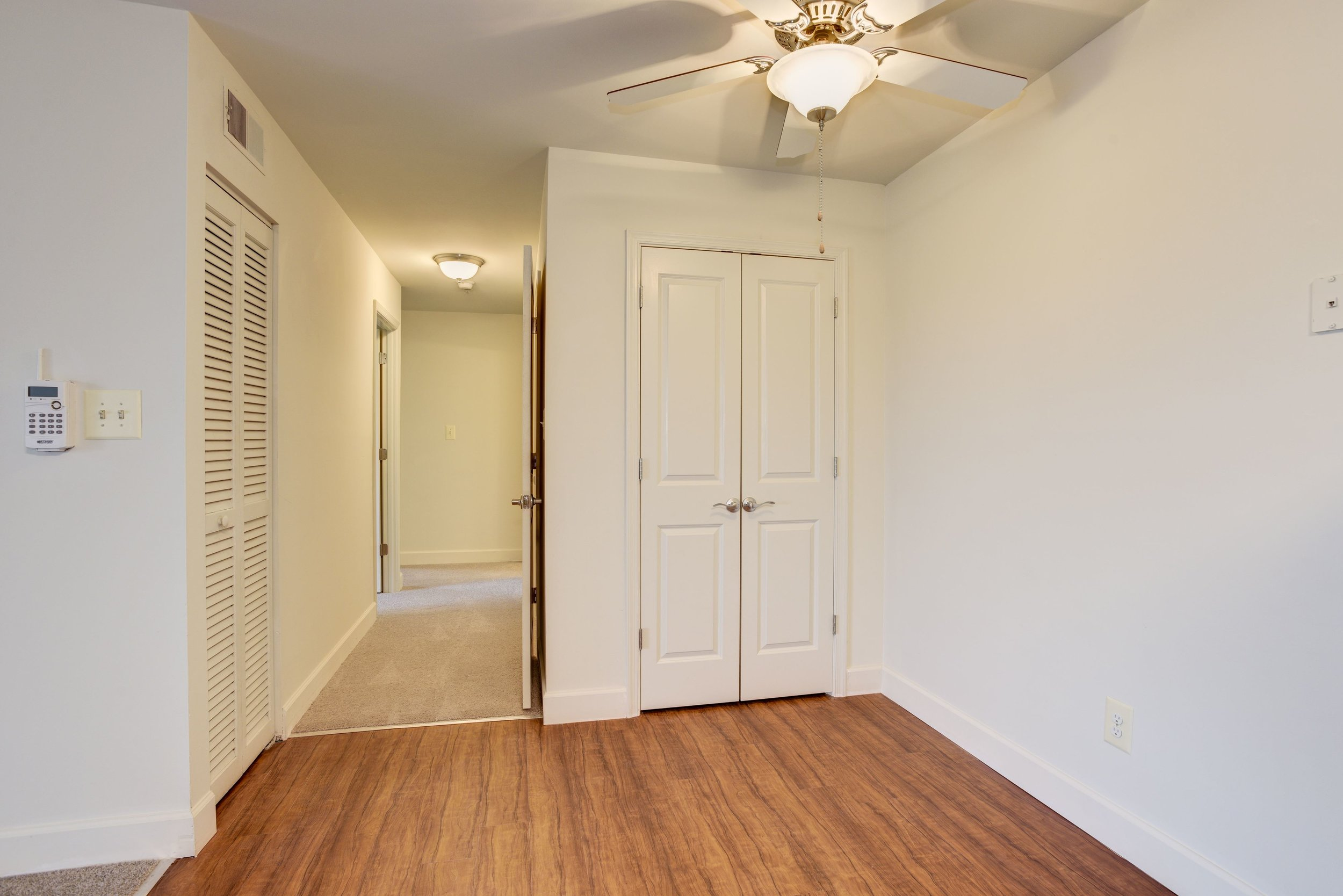 Renovated Dining Area with Hardwood Floors at Fox Run Apartments in Edgewood, MD
