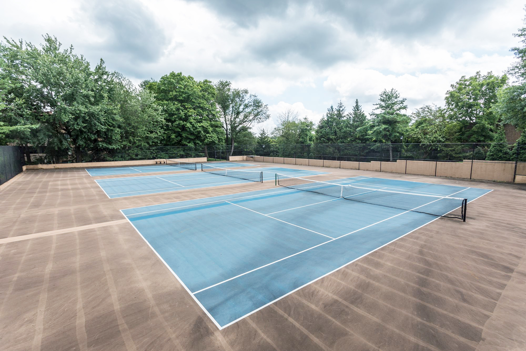 Annen Woods Apartments in Pikesville, MD - Lighted Tennis Courts