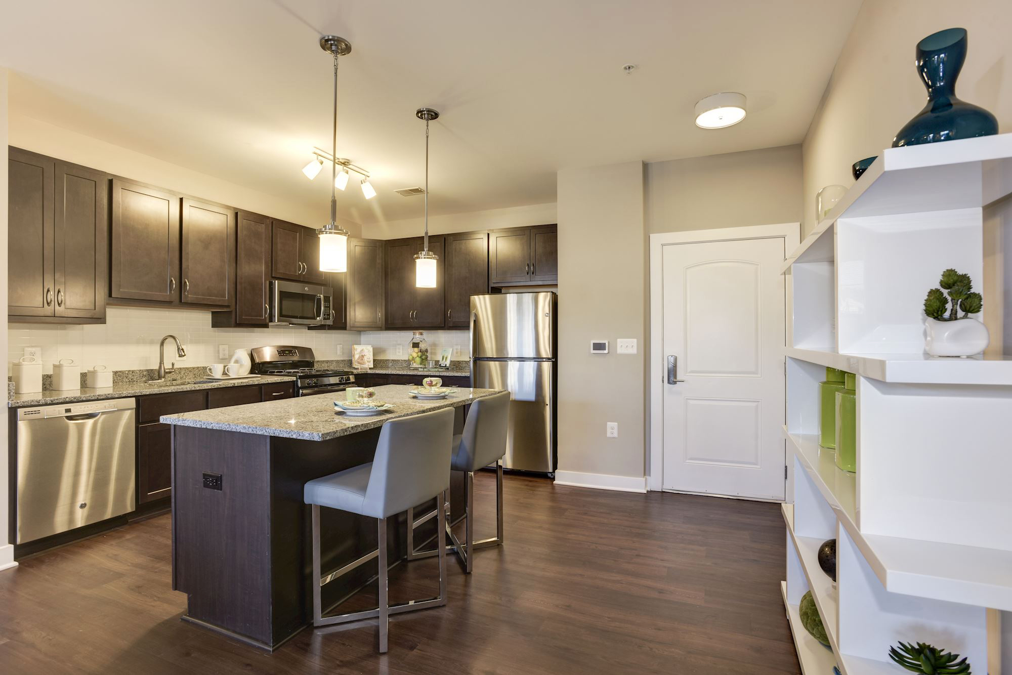 Avanti Luxury Apartments in Bel Air, MD - Kitchen & Entry