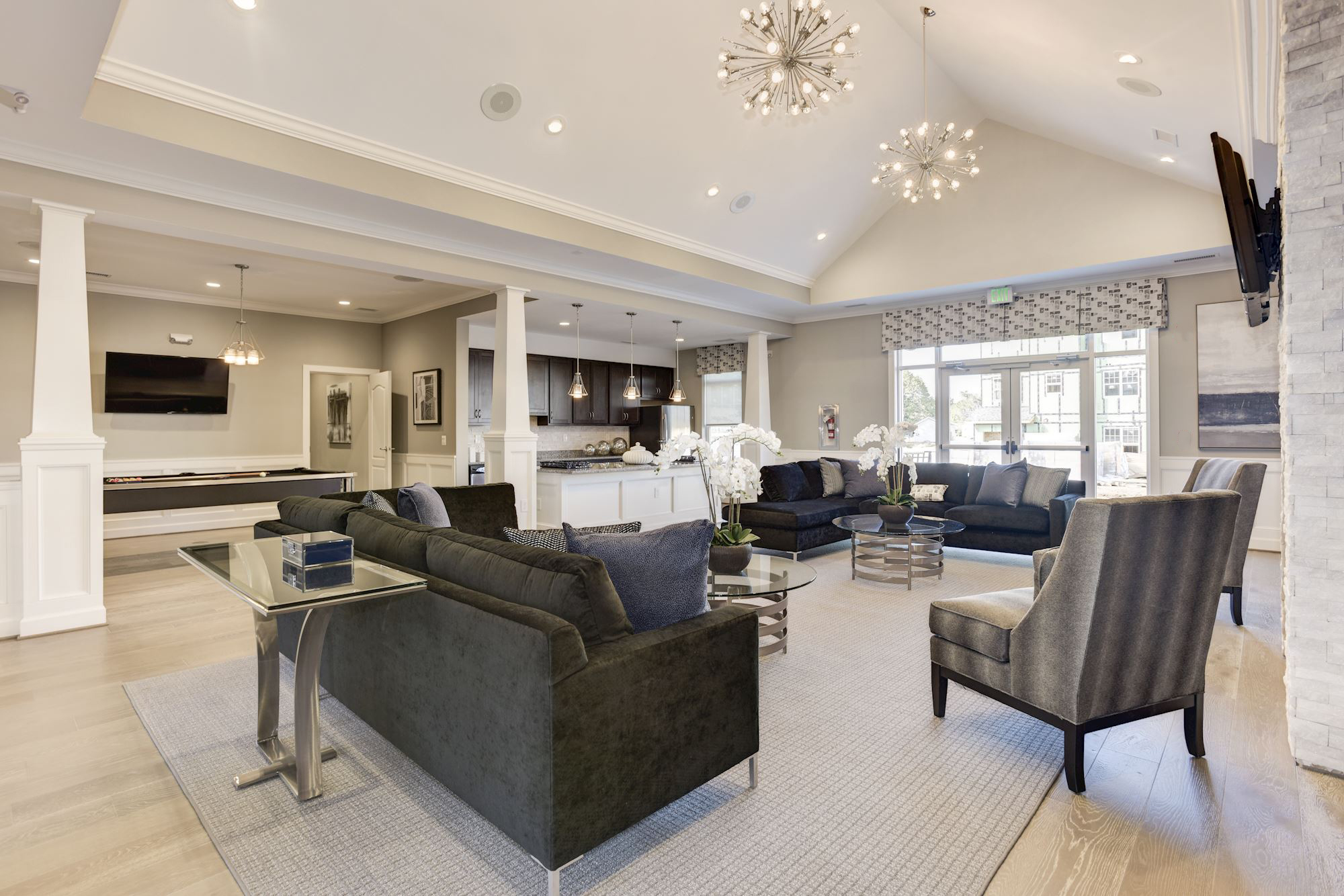 Avanti Luxury Apartments in Bel Air, MD - Clubhouse Gathering Room