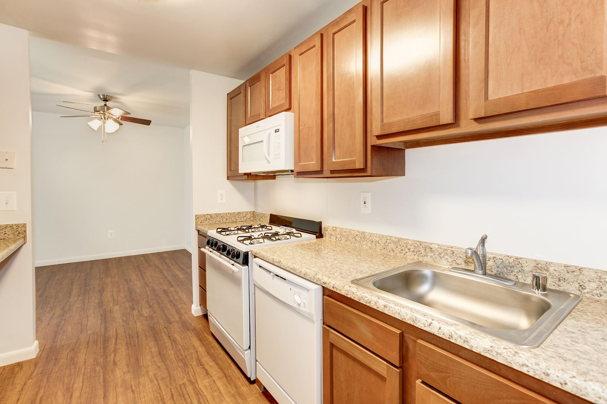Rolling Park Apartments in Windsor Mill, MD - Kitchen