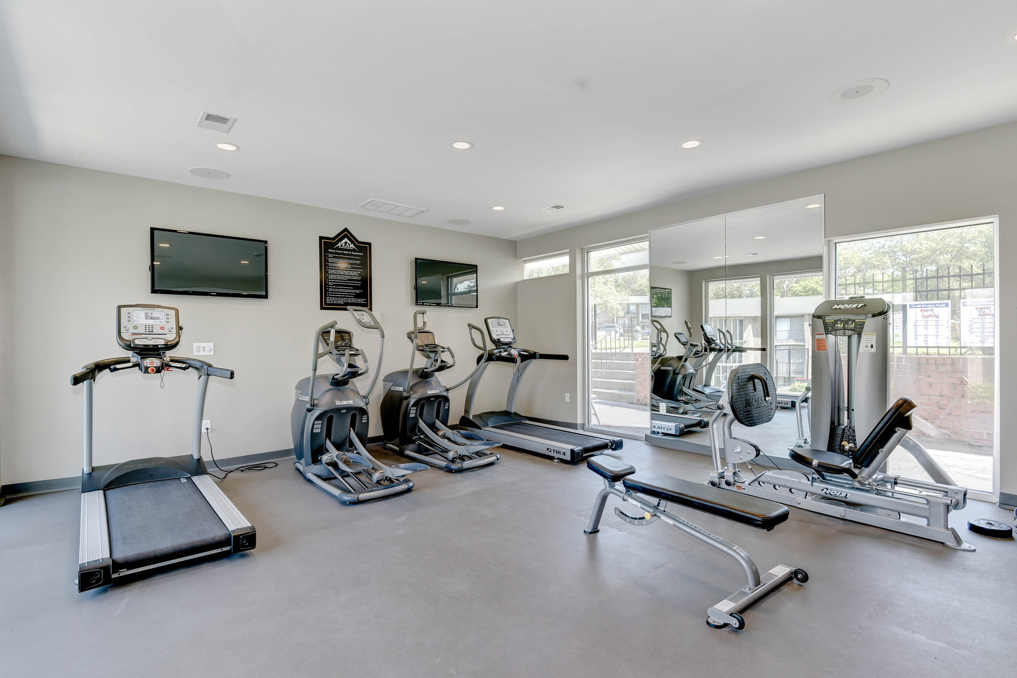 Hampton Manor Apartments & Townhomes in Cockeysville, MD - Fitness Center