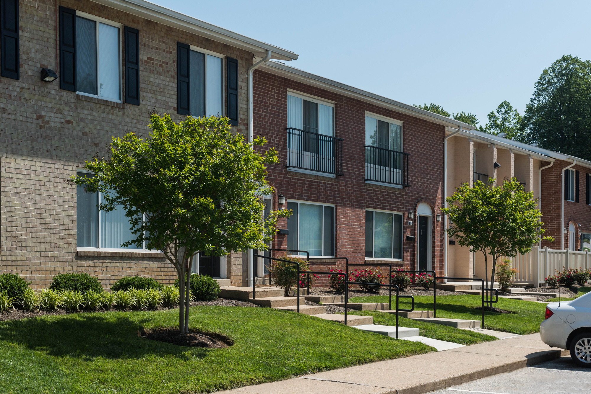 Hampton Manor Apartments & Townhomes in Cockeysville, MD - Townhome Community