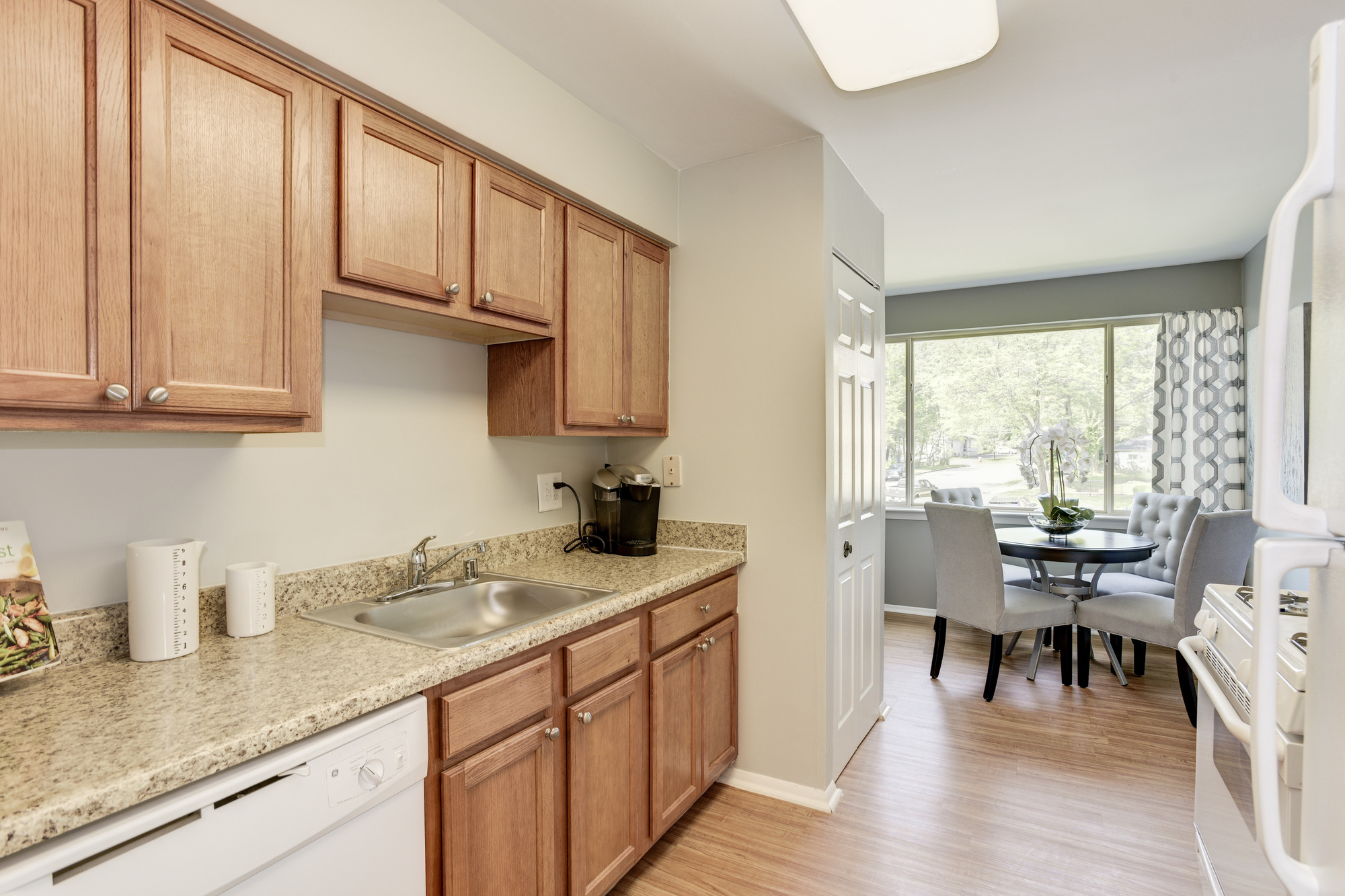 Satyr Hill Apartments in Parkville, MD - Updated Kitchen